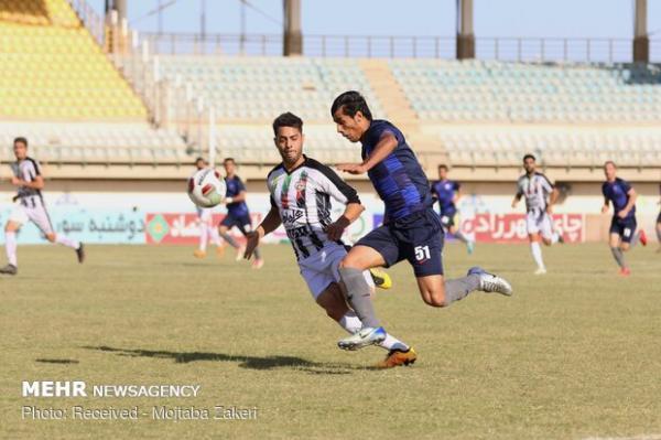 کوشش تیم های فوتبال شیراز برای صعود و جلوگیری از سقوط در لیگ یک